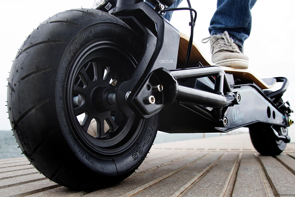 Off-road-OutSider-DemiGod-ruedas